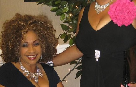 Rosemary Pate, standing, was stabbed and strangled to death by her 19-year-old son on July 15, 2013. Shown here with sister, Alice Flowers. (Photo: courtesy of Alice Flowers)