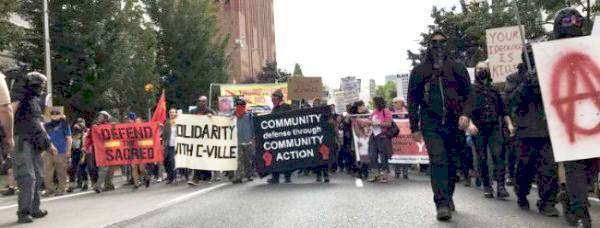 Thousands march in Seattle to denounce white supremacists