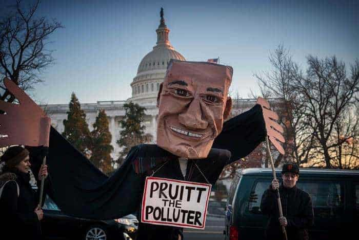 Pruitt Announces Plans to Overturn Obama-Era Vehicle Emissions Standards